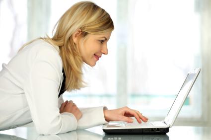 femme sur un site de bingo